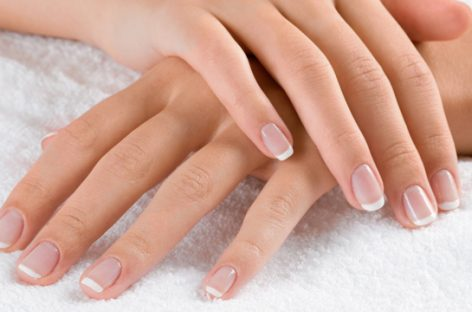 Top suggestions to get shiny nails easily and successfully